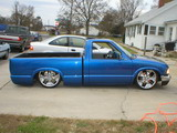 lowrider.com - Droped At Birth - Chevrolet S-10 (1996)